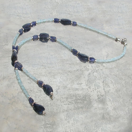 """Dark Light Blue"" Aquamarin Iolith Silber Kette"