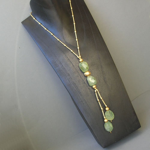 """Golden Light Green"" Prehnit Kette Silber vergoldet"