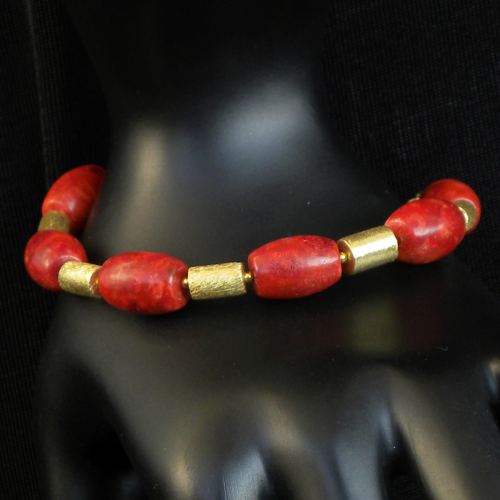 """Red Barrels Gold"" Koralle Armband vergoldet"