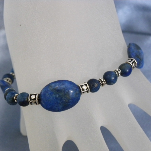 """Indian Night"" Lapislazuli Balibead Silber Armband"
