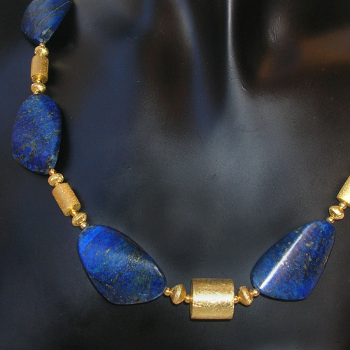 """Twisted Night Heaven"" Lapis Lazuli Collier Silber vergoldet"