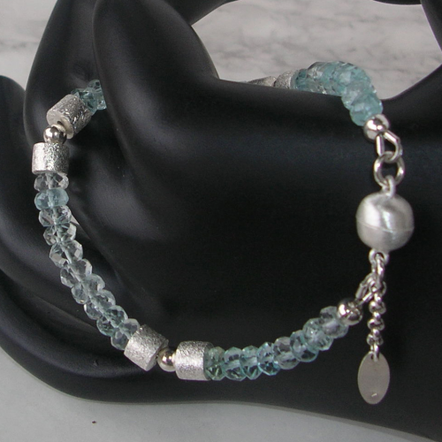 """Bright Light Heaven"" Aquamarin Silber Armband"