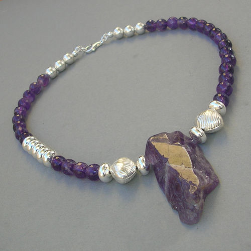 """Monumental Purple Star"" Amethyst Silber Collier"