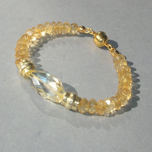"""Light Crystal Sun"" Citrin Armband"