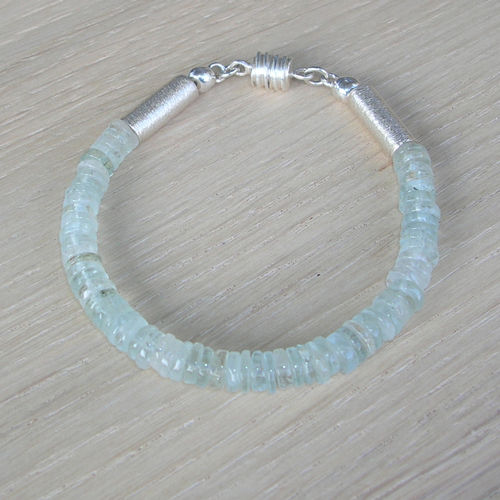 """Light Blue Heaven"" Aquamarin Armband"